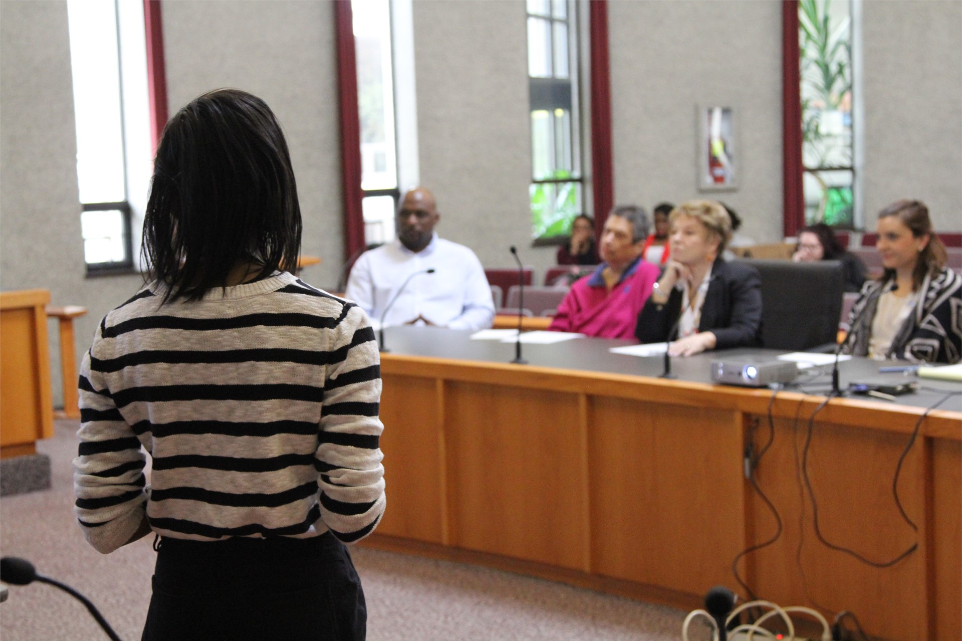 Political Science 205 students presenting to City Leaders